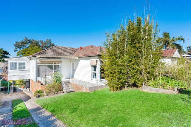 2 Thorne Avenue, Pendle Hill NSW 2145