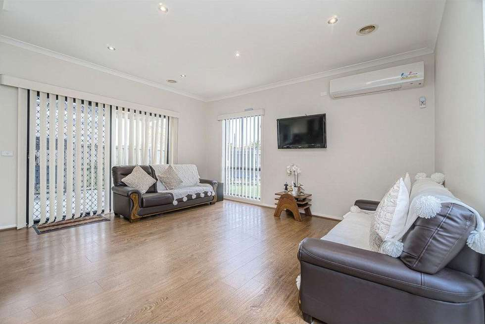 Fifth view of Homely house listing, 33 Hayfield Road, Roxburgh Park VIC 3064