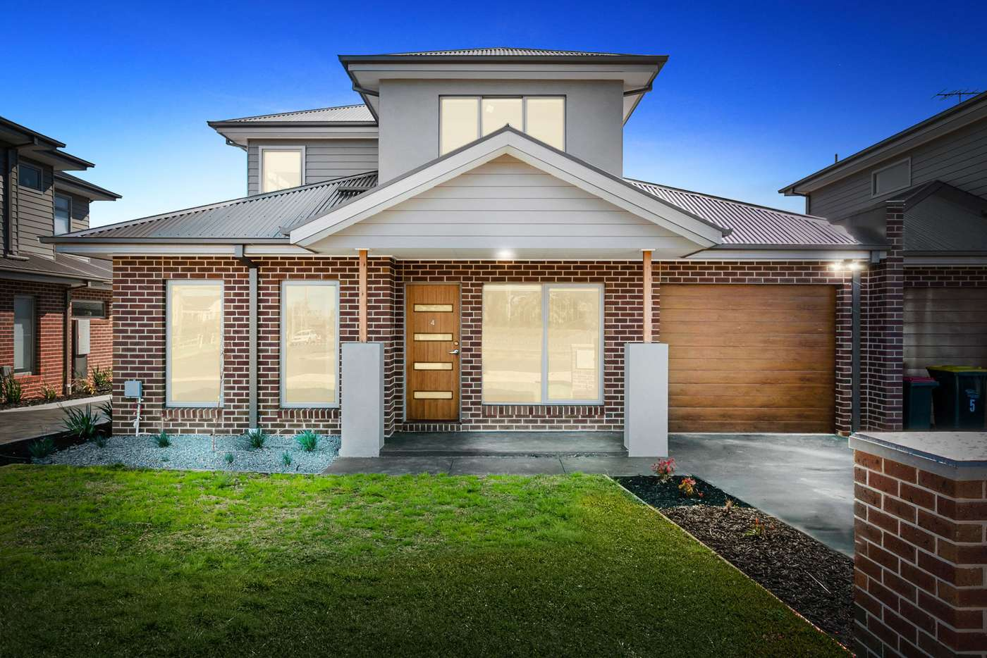 Main view of Homely townhouse listing, 4/100 Masons Lane, Bacchus Marsh VIC 3340