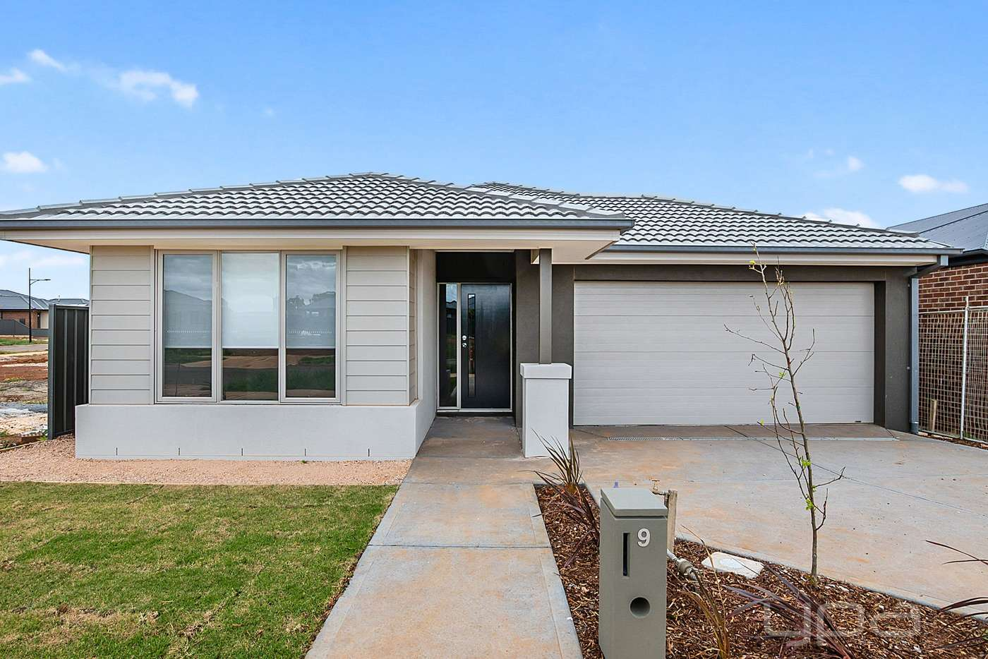 Main view of Homely house listing, 9 Stevenage Drive, Strathtulloh VIC 3338