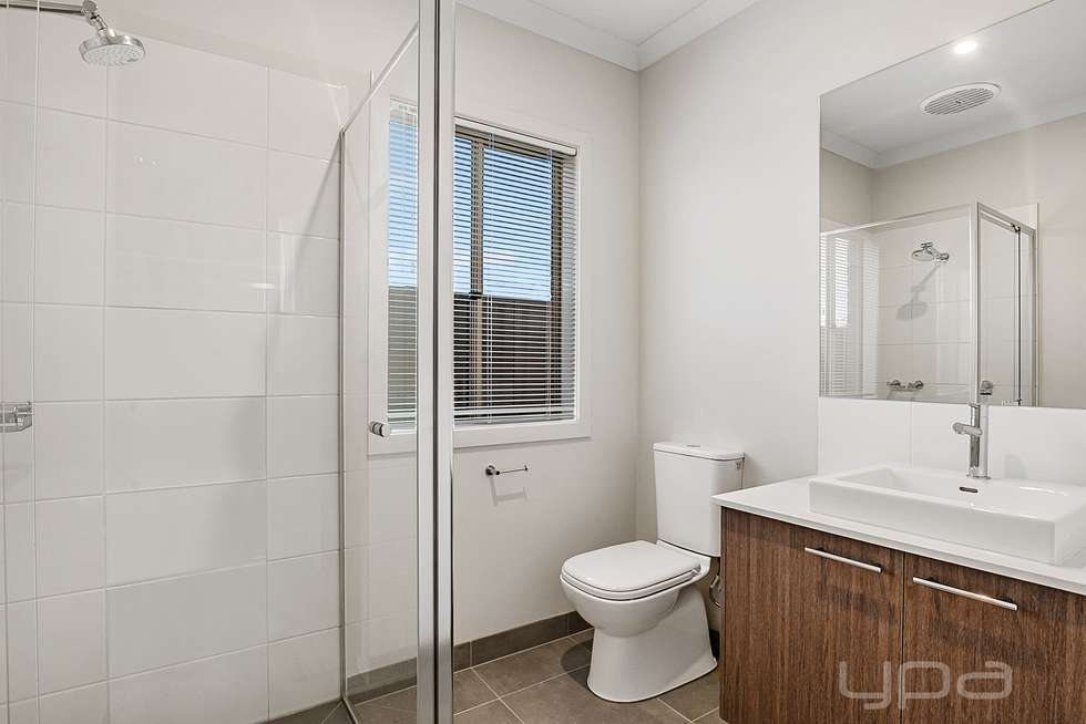 Fifth view of Homely house listing, 9 Stevenage Drive, Strathtulloh VIC 3338