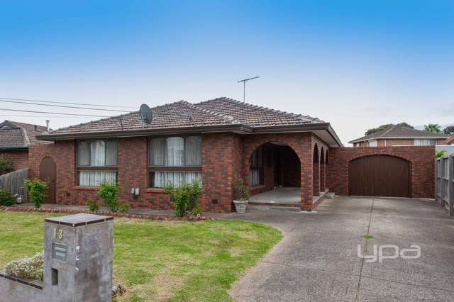 13 Gaynor Crescent, Gladstone Park VIC 3043