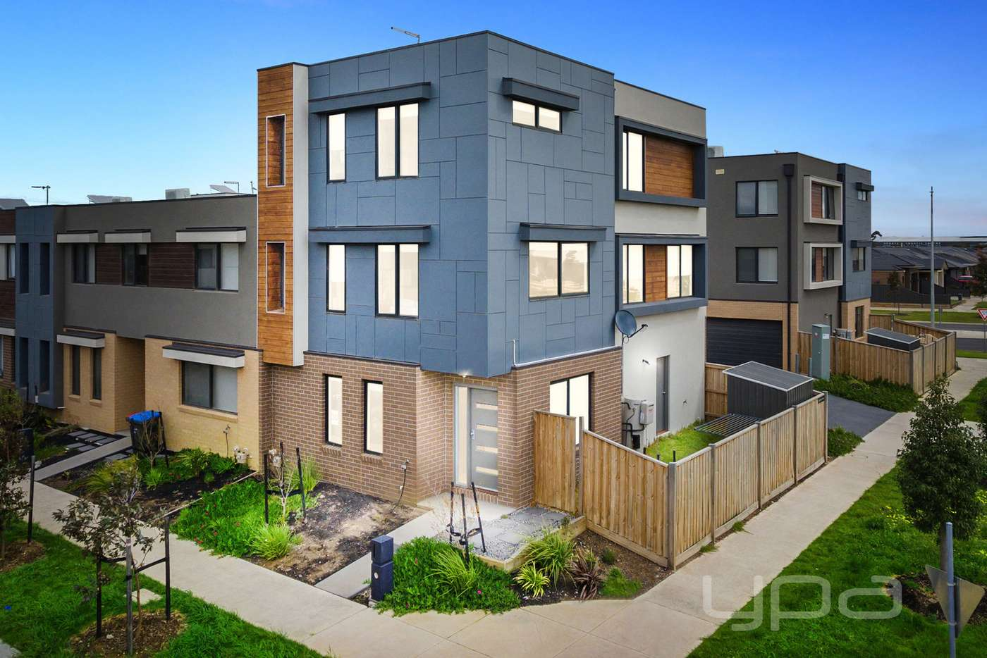 Main view of Homely townhouse listing, 10/95 Dover Street, Truganina VIC 3029